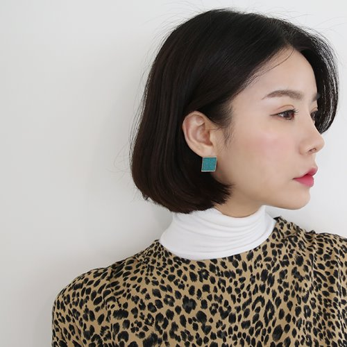 square color earring