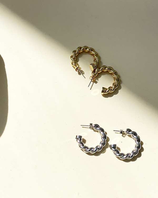 twist ring earring